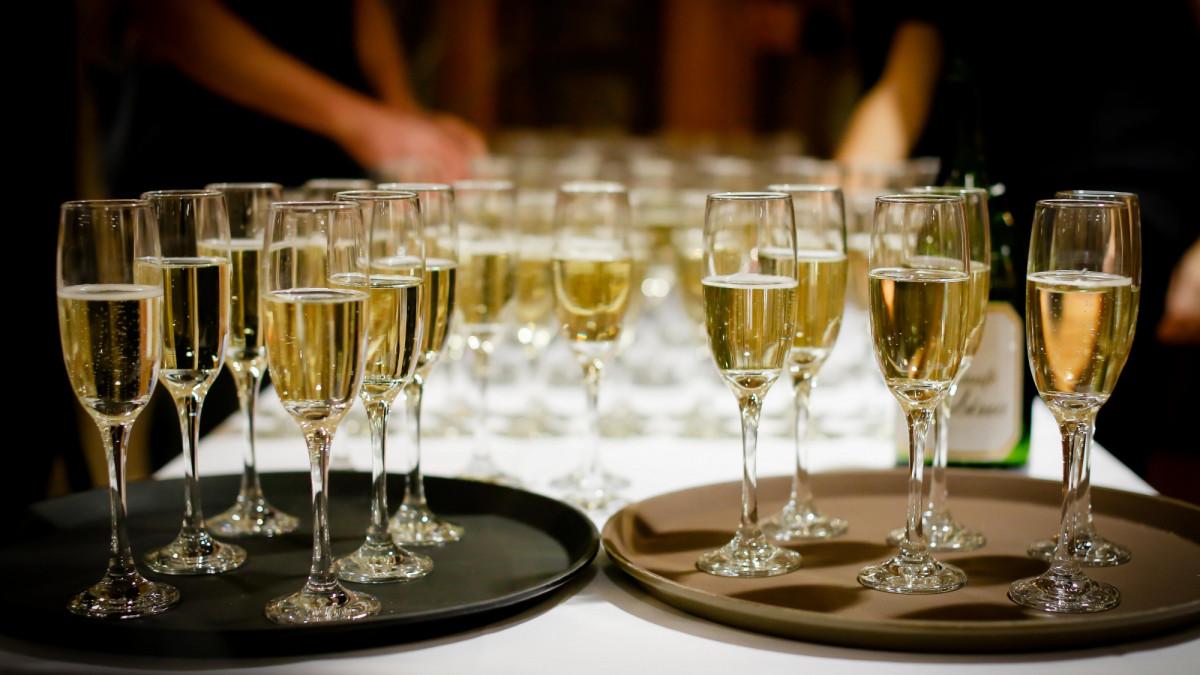 Drankje bij toegangsticket, hoog of laag btw-tarief?