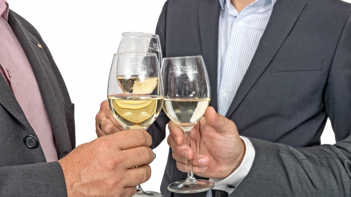 Welk btw-tarief op drankje bij toegangsticket?