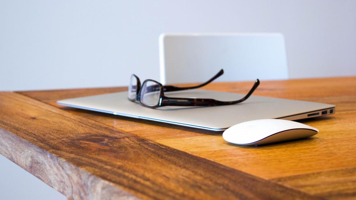 Onbelaste vergoeding internetabonnement bij eigen bijdrage