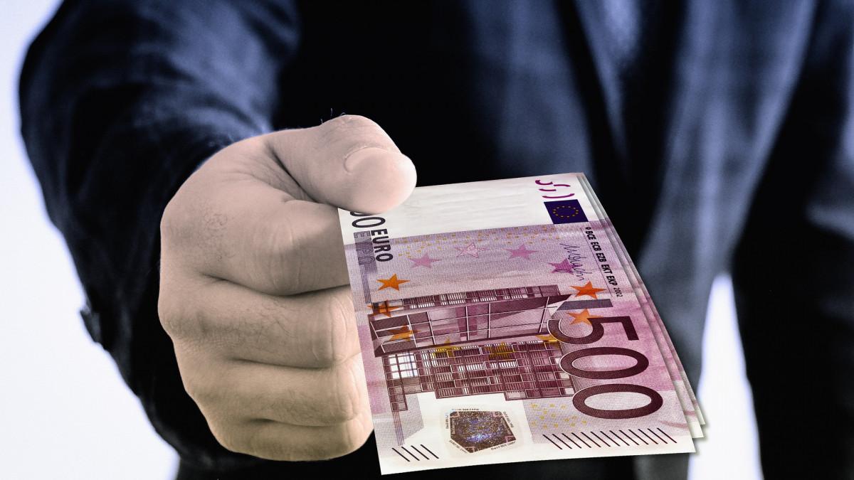 Rente en lening bij de eigen bv?